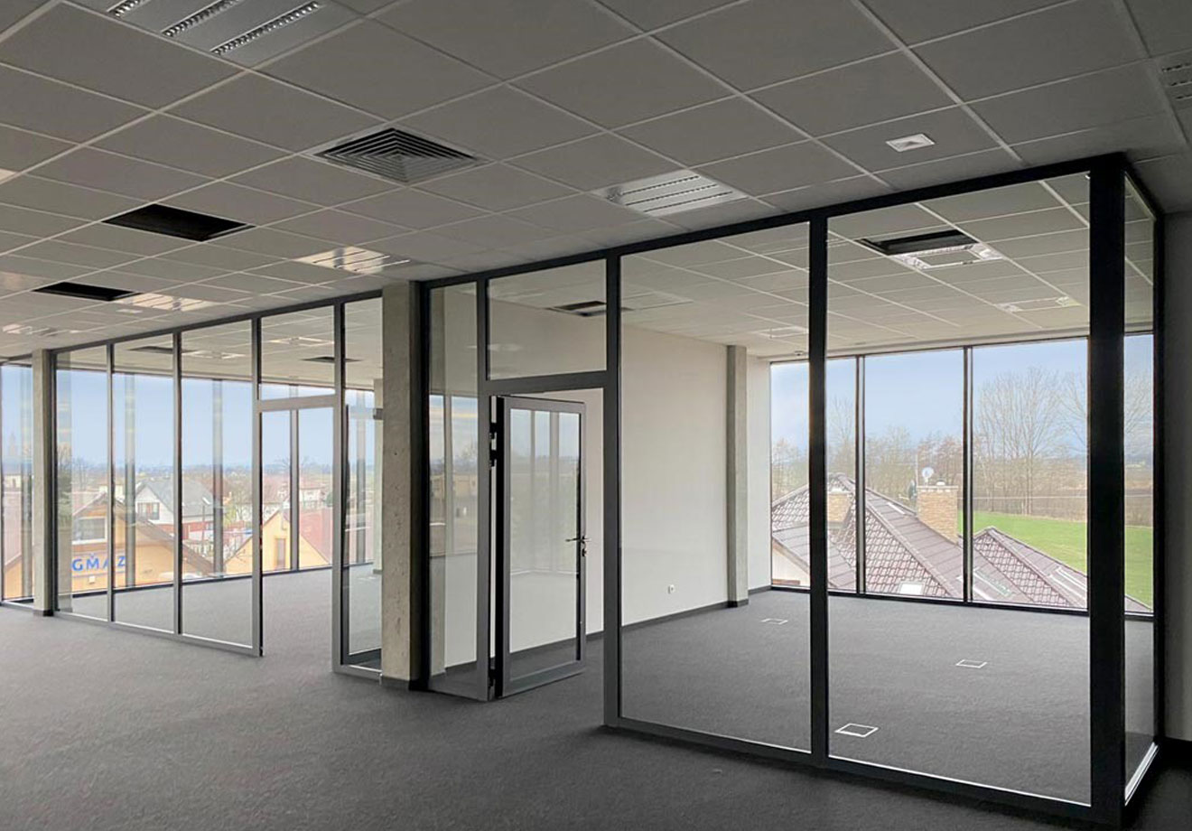 Trackwest, Curtain Walls